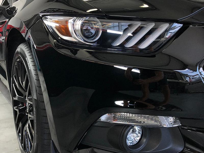 Ford Mustang – Film de protection transparent sur la face avant