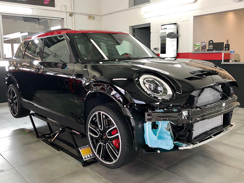 Mini Clubman – Covering noir satin